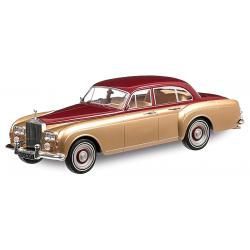 Rolls-Royce Silver Cloud...