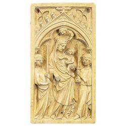 Le Bas-Relief de la Vierge Victorieuse