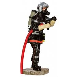 Pompier avec son masque