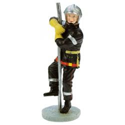 Pompier sur perche de feu